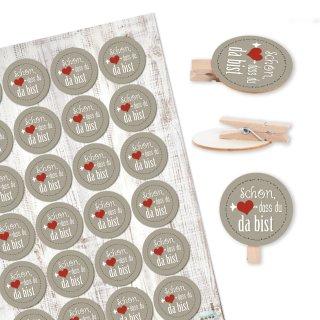 24 Klammern aus Holz + 24 runde Sticker Schön, dass du da bist - grau rot - Deko Gastgeschenk Hochzeit