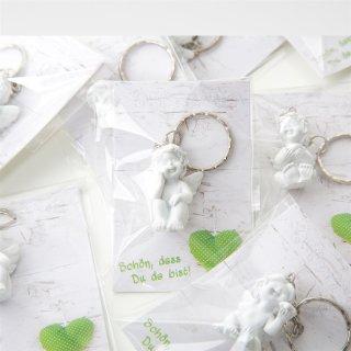 10 kleine Geschenke - weißer Schlüsselanhänger Engel + Kärtchen in Holzoptik Schön dass du da bist