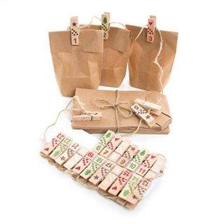 Adventskalender Bastel-Set 24 Teile rot grün natur Holz mit Holzzahlen Klammern + Tüten 9 x 15 x 3,5 cm
