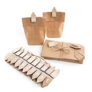 24 teiliges Bastelset für einen DIY Adventskalender - Papiertüten + Holzklammern Haus mit Adventskalenderzahlen