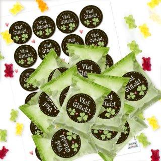 24 kleine Süßigkeiten VIEL GLÜCK Mini-Geschenke Gummibärchen in Tütchen grün