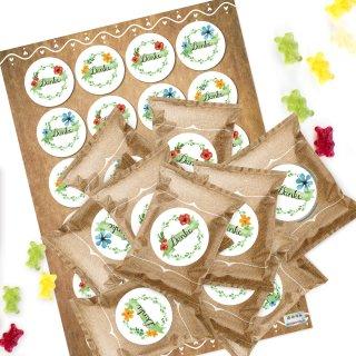 24 Gastgeschenke - Gummibärchen Tütchen mit DANKE Aufklebern in weiß blau grün