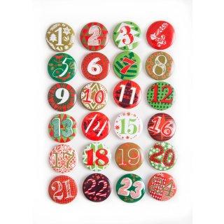 24 Adventskalender Buttons aus Blech mit Zahlen 1 - 24 - rot grün - Adventskalenderzahlen