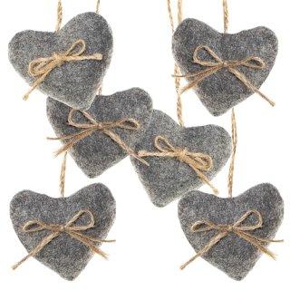 6 Herzanhänger aus Filz grau Natur - mit Schnur zum Aufhängen